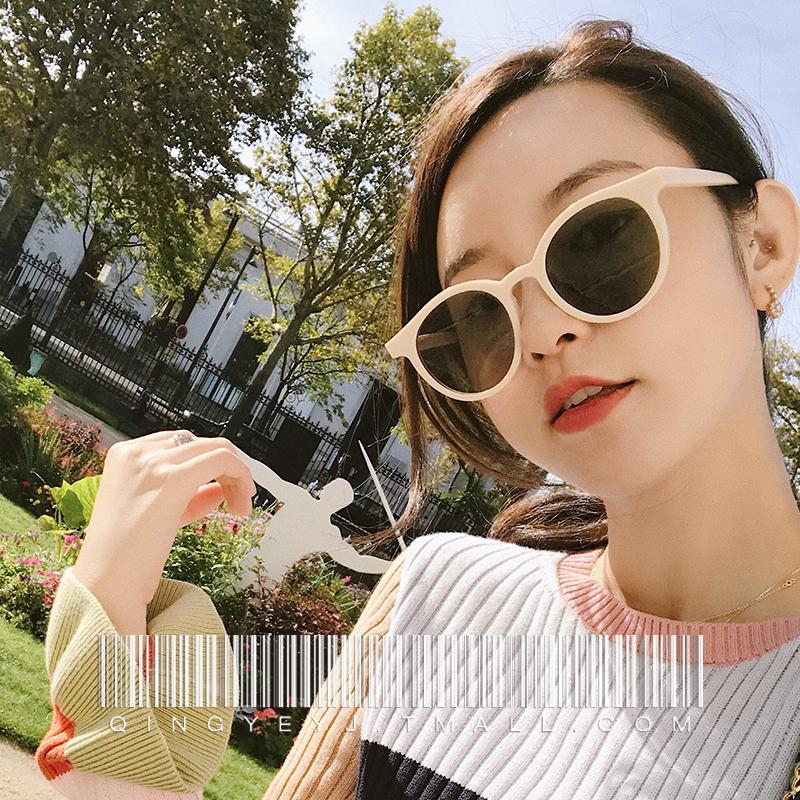 糖果色白框墨镜女韩版潮2018新款网红白色太阳镜蹦迪街拍小脸眼镜