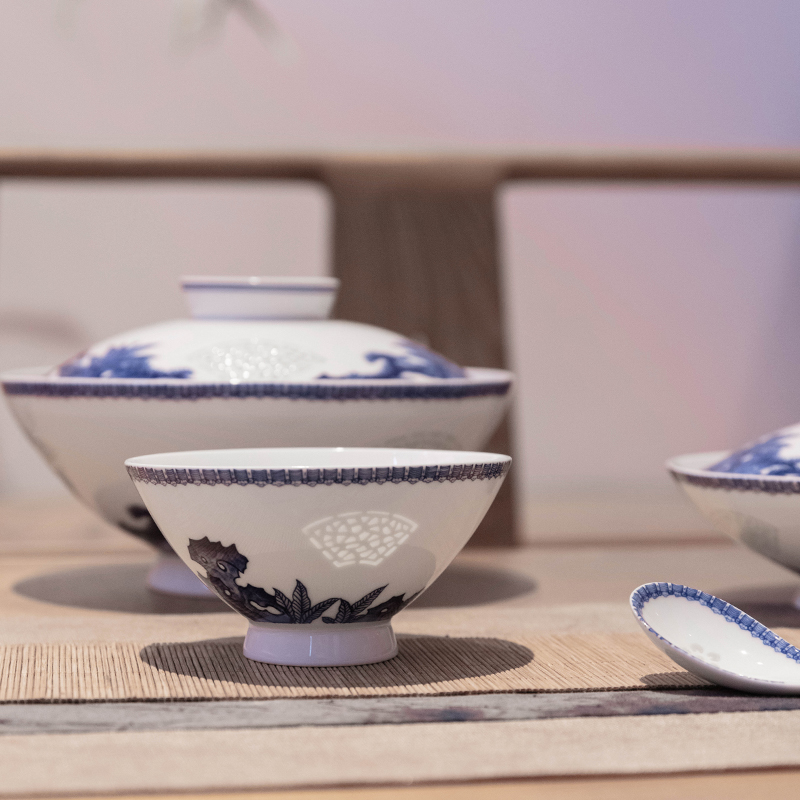 Jade BaiLingLong jingdezhen ceramic bowl set home dishes Chinese dishes contracted plate opening the window