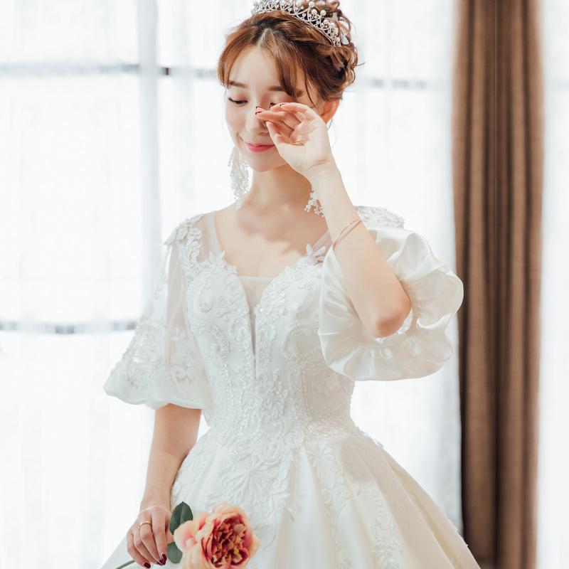 缎面婚纱礼服2018新款新娘齐地长拖尾宫廷公主梦幻孕妇显瘦一字肩