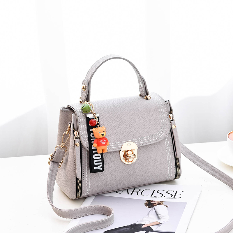 Bag female 2018 new tide ins super fire Korean fashion ladies wild Messenger shoulder bag small fairy diagonal