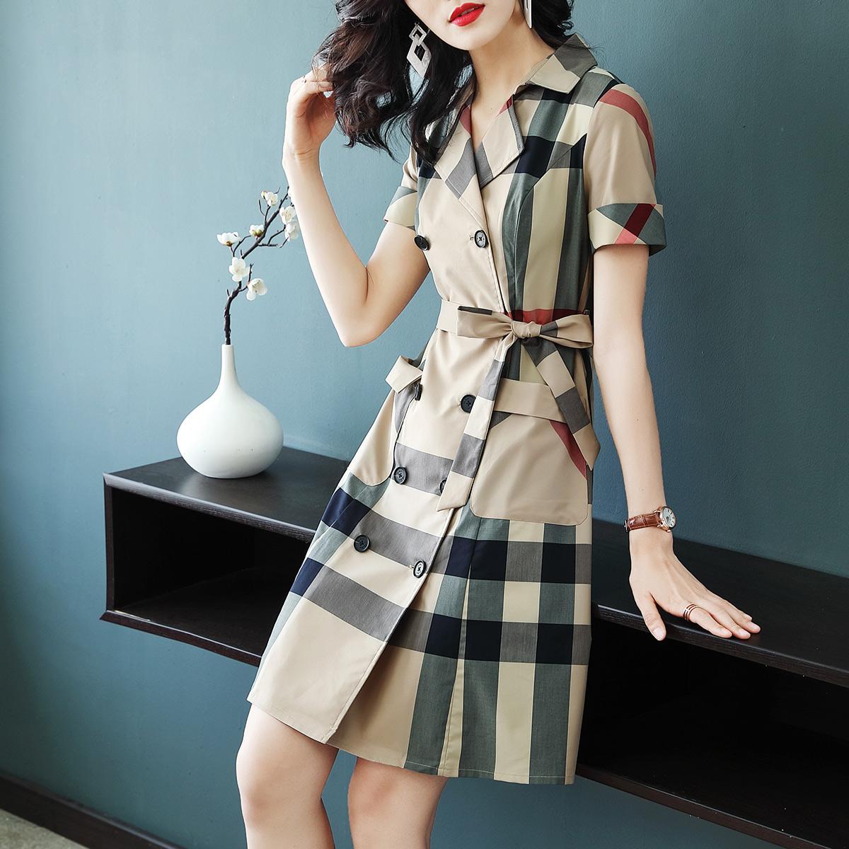 鹿歌2018夏装新款职业OL气质短袖衬衫裙修身收腰显瘦格子连衣裙女
