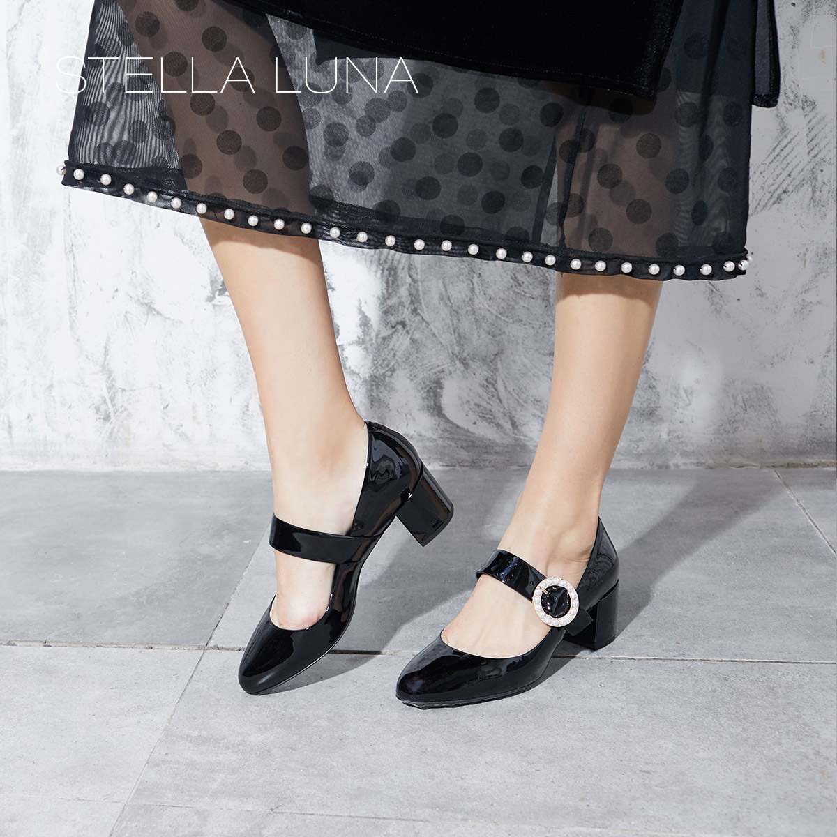 STELLA LUNA秋冬天鹅绒粗跟珍珠装饰婚鞋女士玛丽珍鞋SI133F22302
