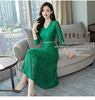 (real shot) 2018 autumn new large size Korean version of the V-neck long-sleeved long fashion lace dress