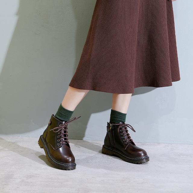 2021春秋英伦风小皮鞋女学院圆头马丁靴单靴ins瘦瘦靴系带短靴子