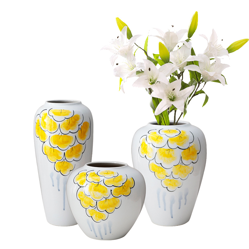 I and contracted sitting room of the new Chinese style flower arranging place dry flower adornment European metal cover desktop household porcelain vase