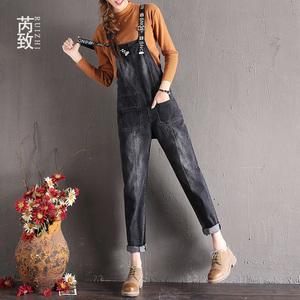 牛仔背带裤女春秋新款韩版宽松高腰显瘦哈伦裤黑色减龄吊带连体裤