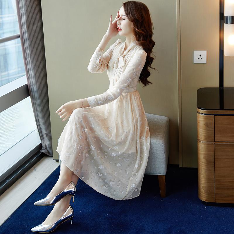 秋季长袖法式复古连衣裙秋装女2018新款气质打底裙子成熟气质女生