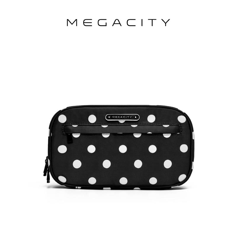 Megacity悠游簡約洗漱包便携拒水收纳包出差旅行化妆包黑白波点