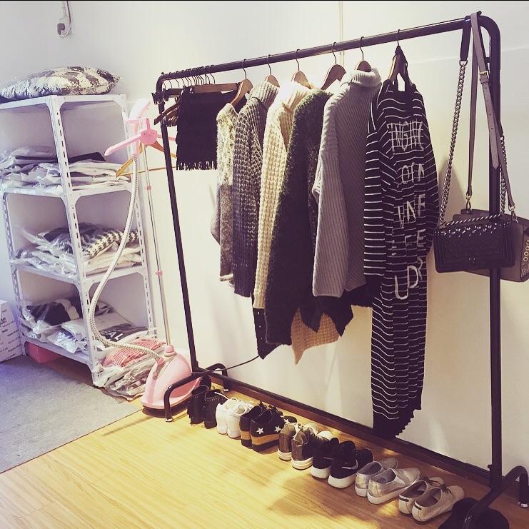 服装店晾衣杆衣架落地折叠办公室衣服大衣简单铁艺水管组装衣帽间