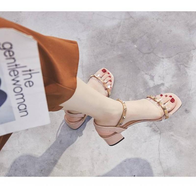 2020夏季新款凉鞋女粗跟中跟铆钉高跟鞋韩版百搭一字带罗马透明女