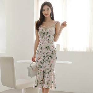 台湾高档裙子 马来西亚专柜女装批发 FB高品质服装批发 网红服装2020夏季新款蕾丝拼接荷叶边印花吊带连衣裙中长款鱼尾裙