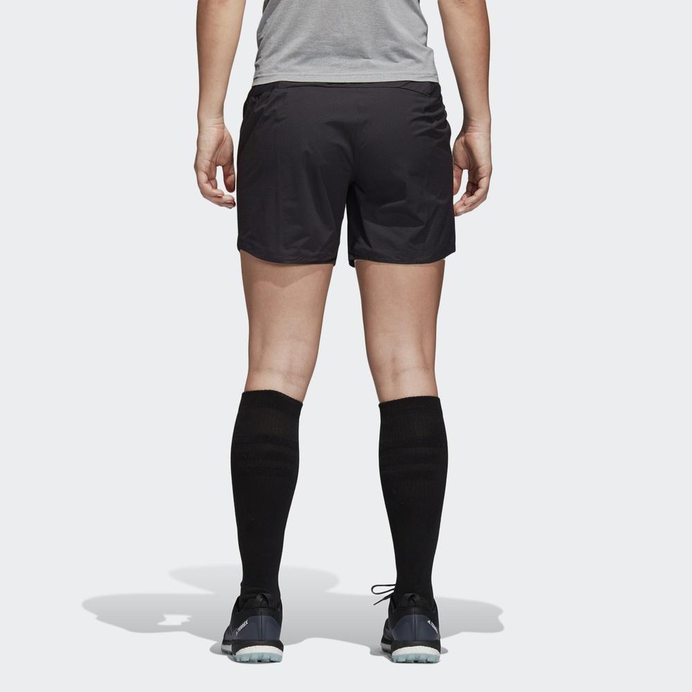 阿迪达斯官方adidas 户外 女子 户外短裤 CZ0157