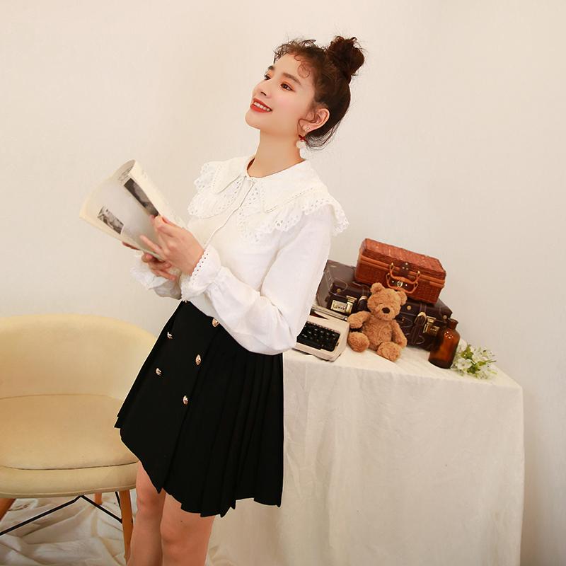 2018爱爱丸 2.14春装新款 甜美镂空木耳边拼接娃娃领荷叶袖白衬衫