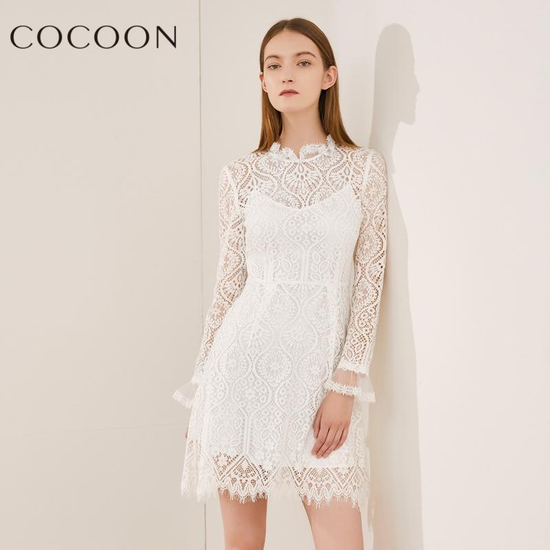 可可尼2018秋装新款女装优雅圆领长袖镂空蕾丝两件套连衣裙子