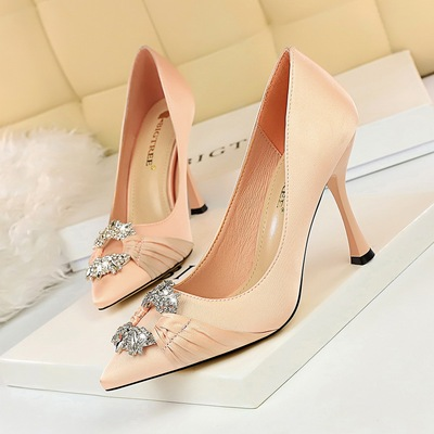 2272-1 the European and American fashion wind elegant banquet for women's shoes with high heels satin diamond metal