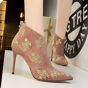 126-13 European and American wind female boots fine with high heels suede color matching embroider line flower show thin