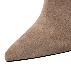 17221-1 the European and American fashion contracted with suede sexy show thin metal with thick with high nightclub bare