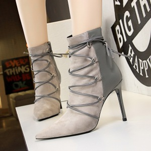 126-2 in Europe and the sexy night knight show thin pedicure suede boots short cylinder cross with fine with high heels