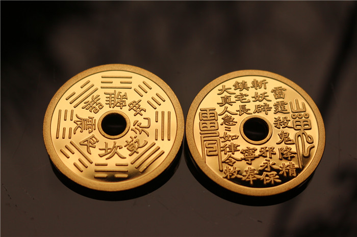 Амулет в виде старинной монеты Горы 40мм Призрак обратно на сплетни тратить деньги на золот-покрынный 24k давления выигрывает деньги Джим французская монета