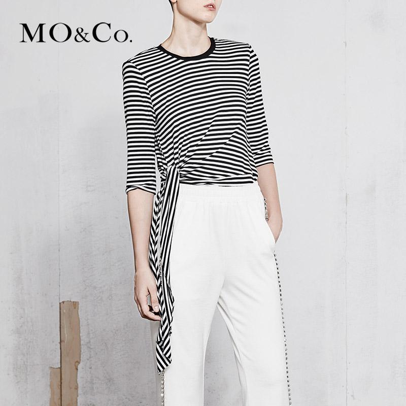 MOCO2018春季新品条纹绑结不规则衣摆七分袖T恤MA181TEE221摩安珂