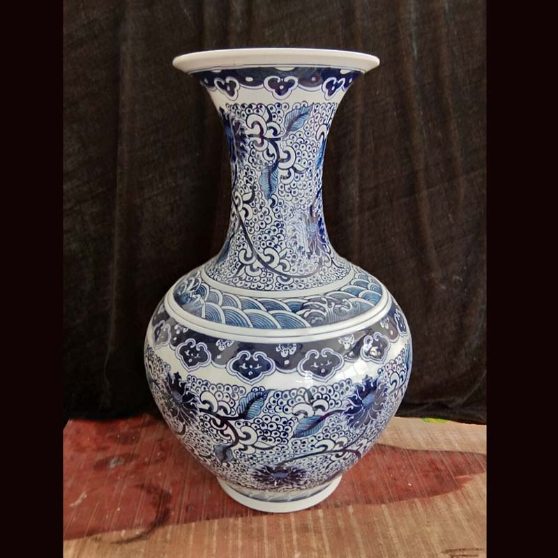 Jingdezhen blue and white tie up lotus flower pattern design hand - made of hand - made porcelain decorative vase youligong Chinese culture