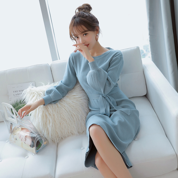 Real shot autumn long sleeves long section with a waist to make a bottom knit sweater women's dress