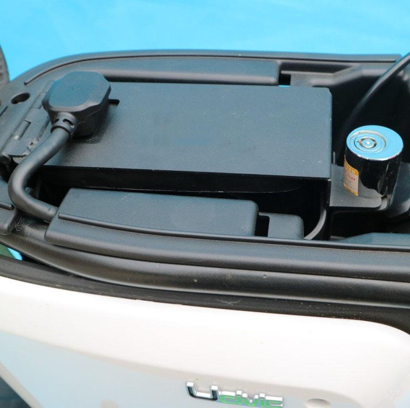 Замок для электромобиля Lumeneo  U1 N1/M1