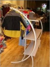 витрина для одежды Высокая-конец одежда полок