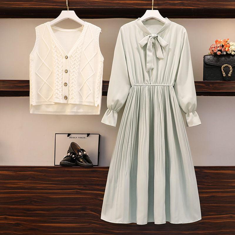 单/套装2020秋冬新款大码女装洋气遮肚子针织马甲连衣裙潮两件套
