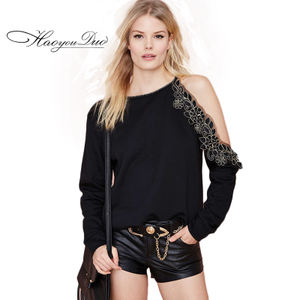Haoyouduo Europe and the United States fashion sexy irregular strapless coat delicate lace stitching casual long-sleeved sweater