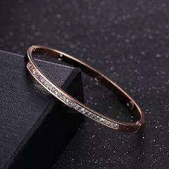 欧美时尚镀18K玫瑰金半圈满钻手镯女百搭简约手环钛钢饰品礼物
