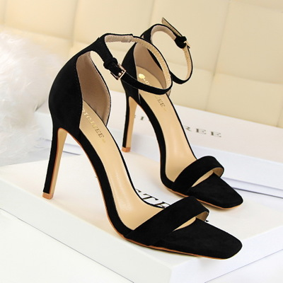 217-1 the European and American wind high fashion contracted with suede lag one word with professional OL sandals heels