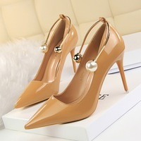 822-8 han edition show thin thin and delicate high-heeled paint shallow mouth pointed metal word women's shoes with a pearl
