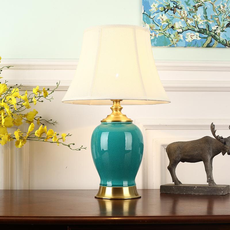 美式陶瓷台灯 卧室床头灯简约客厅书房柜台家用全铜温馨装饰灯具