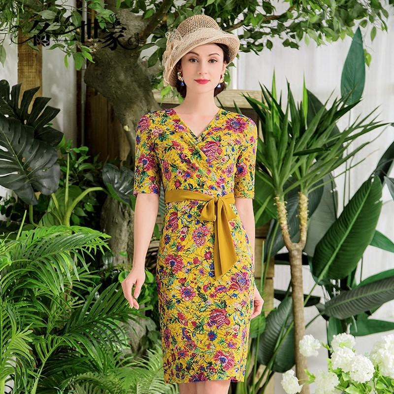 名兰世家轻奢女装OL风格花色蕾丝连衣裙女短袖2018年夏季铅笔裙