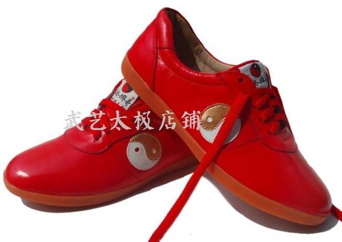 Обувь для Тай-Чи Весна и лето Тай-Чи практика обувь боевых искусств обувь премиум мягкая кожа сухожилие дно мужской и женщины черный и красный Бесплатная доставка