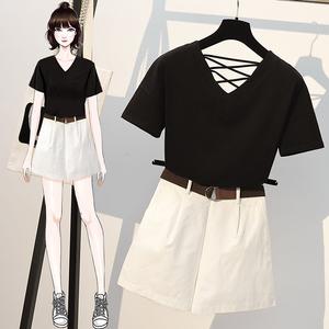 实拍2025#大码女装套装宽松显瘦短袖上衣+休闲百搭短裤两件...