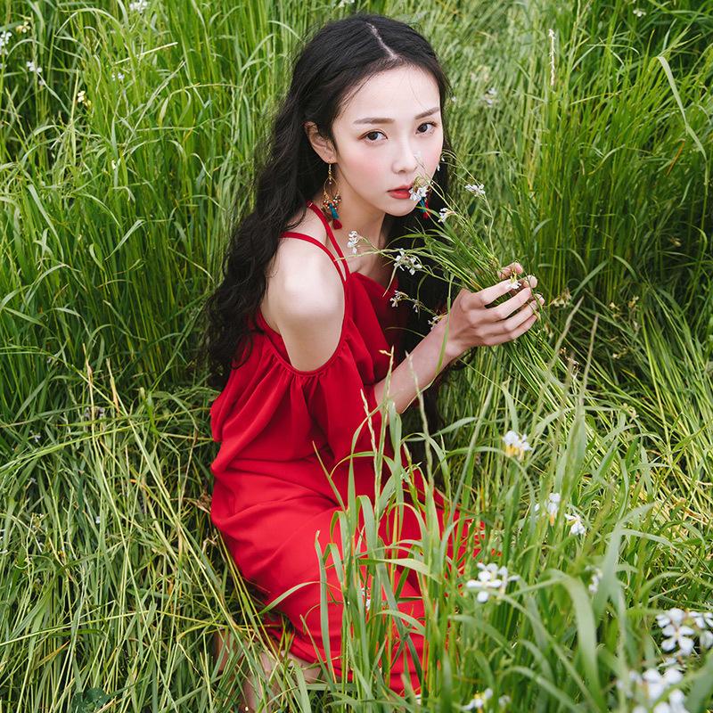 红色海边度假沙滩裙雪纺一字肩吊带露肩泰国连衣裙