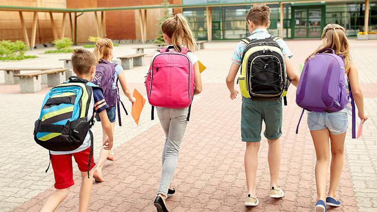 孩子肩上的负担,从书包开始减起
