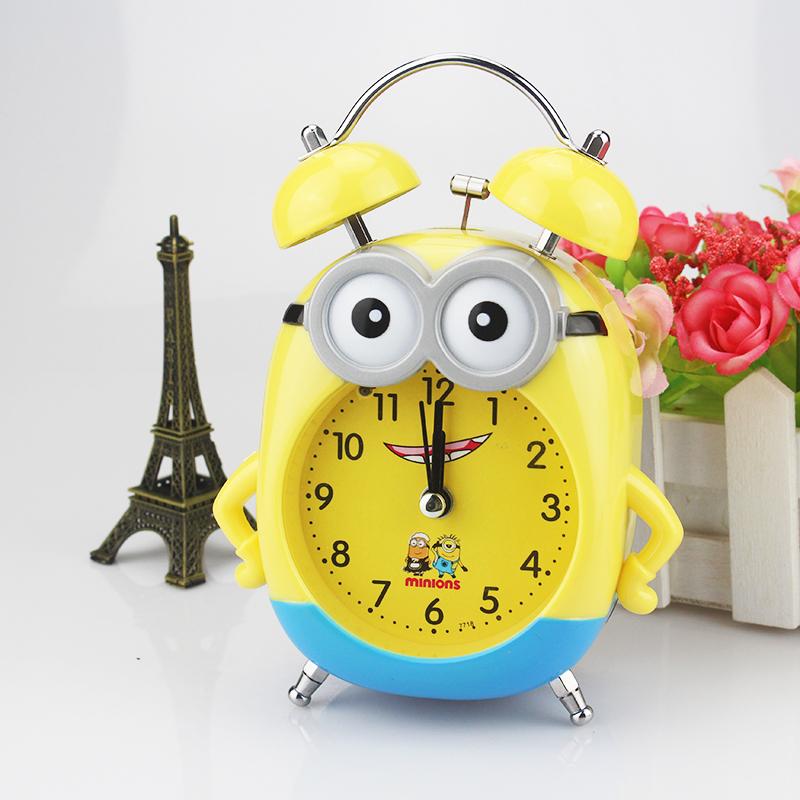 儿童学生可爱创意卡通小黄人个性闹钟带夜灯打铃静音闹表时尚时钟