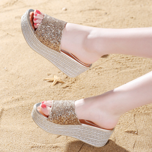 坡跟凉拖鞋女夏2018新款时尚外穿百搭厚底一字拖鞋室外高跟沙滩鞋