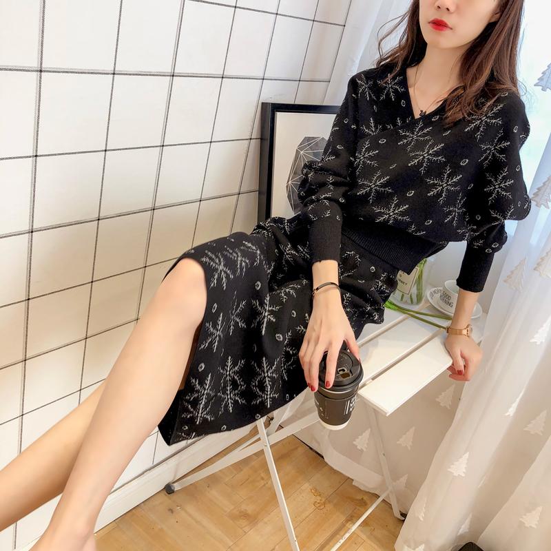 时尚蝙蝠衫毛衣裙子两件套女2018秋季新款韩版洋气网红针织套装潮