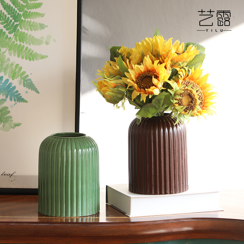 Nordic light ceramic vase key-2 luxury silk flowers floral suit fake flowers simulation study table decoration home decoration