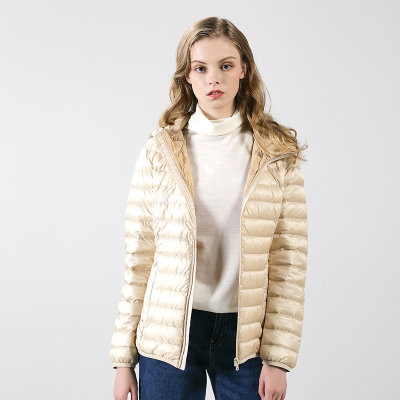 乔特迪反季节清仓女羽绒服轻薄款韩版修身女士连帽外套时尚保暖衣