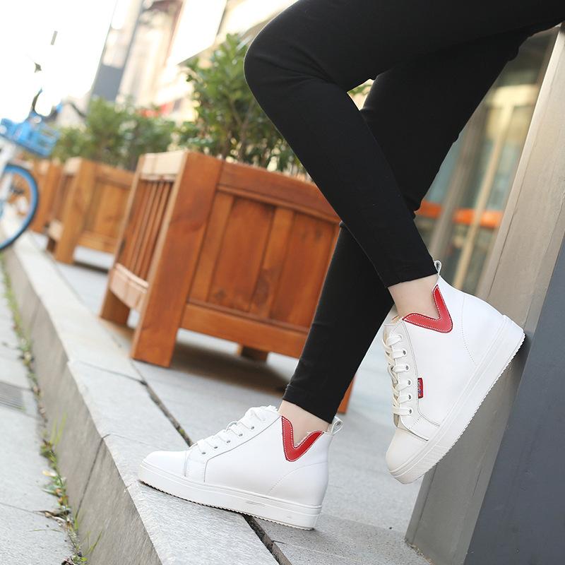 2019冬季新款加棉平底小白鞋女鞋