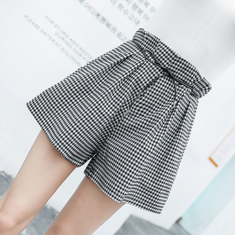 Shorts female Summer 2019 new Korean loose high waist was thin plaid pants students casual Wild a word wide leg pants