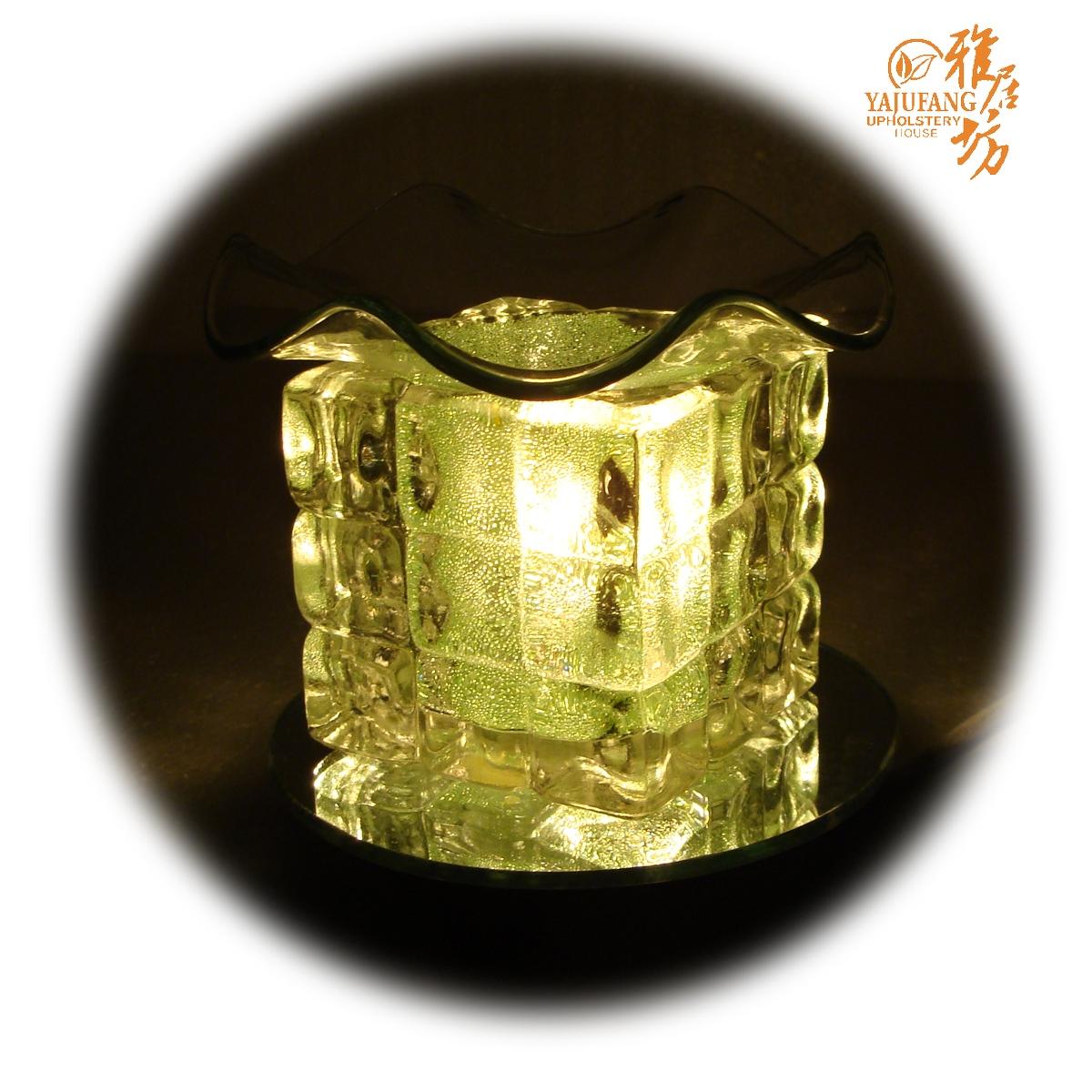 Ароматическая лампа, посуда The Agile Square
