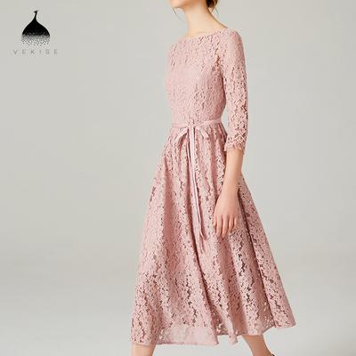 粉色蕾丝连衣裙女秋装2018新款七分袖修身收腰气质中长款大摆裙子