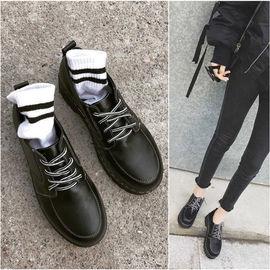 2020女鞋新款平底英伦小皮鞋休闲单鞋