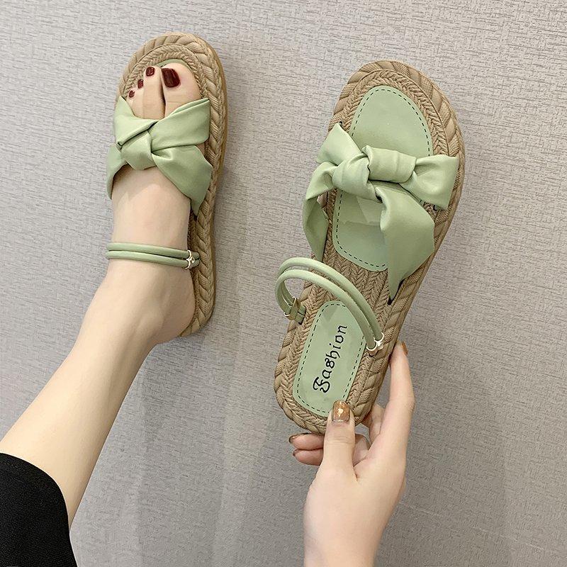 2020年夏季新款网红透气凉鞋轻便舒适拖鞋女时尚休闲抖音爆款鞋